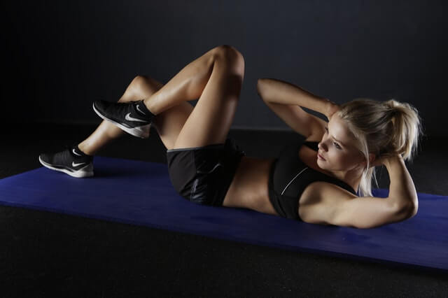 women doing excersise